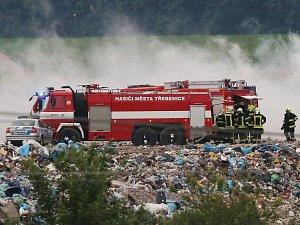 Požár na skládce SONO u Siřejovic