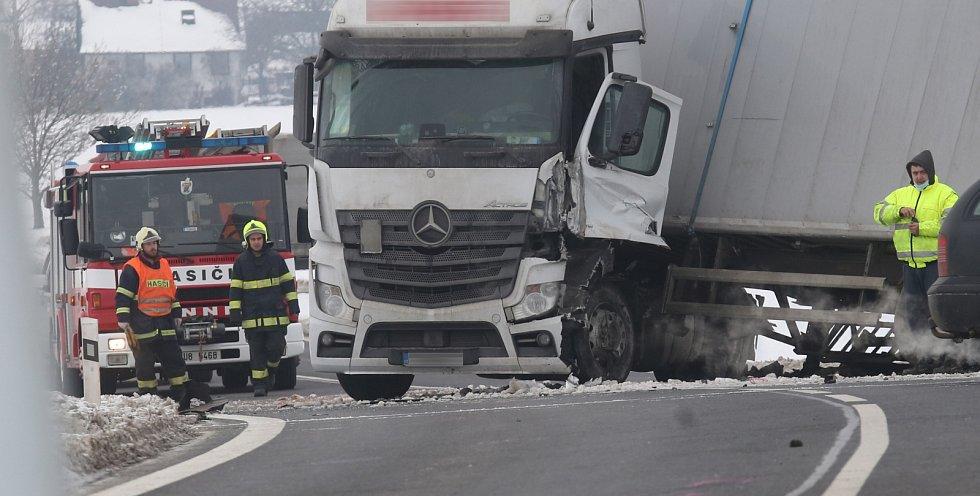 Vážná dopravní nehoda u Podsedic.