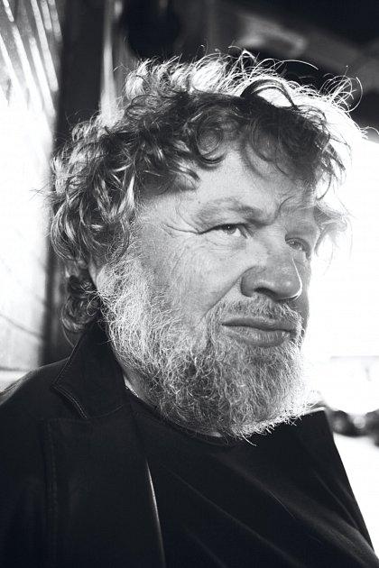 Filmaři hledají fotografie otce slavného fotografa Kratochvíla