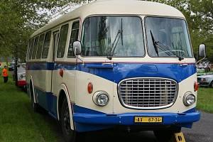 Historický autobus Škoda RTO bude k vidění v Roudnici nad Labem.