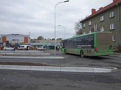 Zkouška nového autobusového nádraží v Lovosicích.