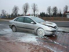 Hasiči v Roudnici likvidovali požár osobního automobilu