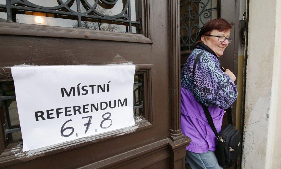 V Litoměřicích probíhá v pátek 8. listopadu referendum o budoucnosti městské nemocnice