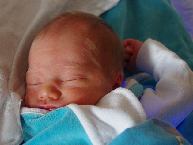 Andree Kubiridžákové ze Soběnic se 15. června ve 14.48 hodin narodila v Ústí n. L. dcera Sabina Kubiridžáková (46 cm, 2,20 kg).