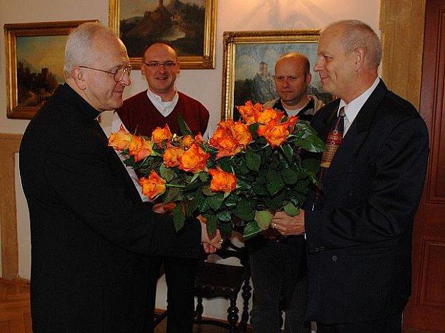 Dvacátý sídelní biskup litoměřický Mons. Jan Baxant oslavil ve čtvrtek 8. října své 61. narozeniny.