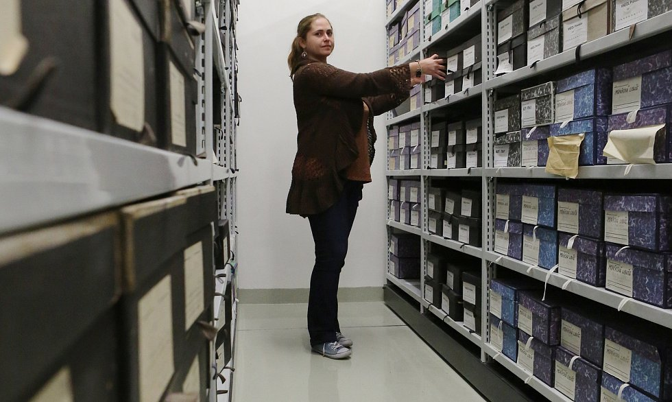 Korespondenci velikánů české literatury mimo jiné skrývá Centrální depozitář Památníku národního písemnictví v Litoměřicích, který působí v novém objektu po kasárnách Pod Radobýlem.