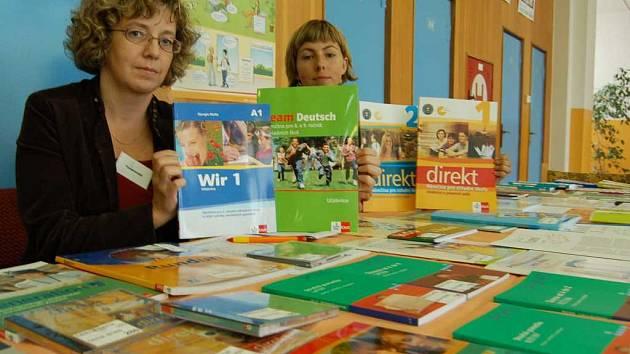 Výstava učebnic v ZŠ Havlíčkova v Litoměřicích.