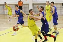 Basketbalový zápas Litoměřice a Vyšehrad.