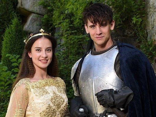 VE ŠTĚDROVEČERNÍ pohádce Pravý rytíř si Lucie Černá zahrála s Janem Komínkem, který hrál prince.