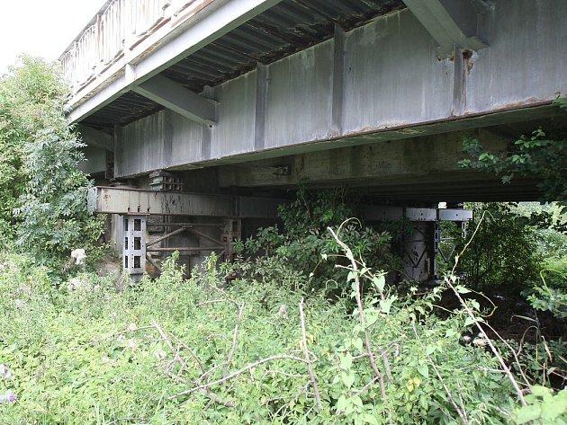 Tyršův most v Litoměřicích čeká rekonstrukce a město kolony.