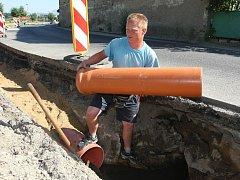 Výstavba kanalizace - ilustrační foto.
