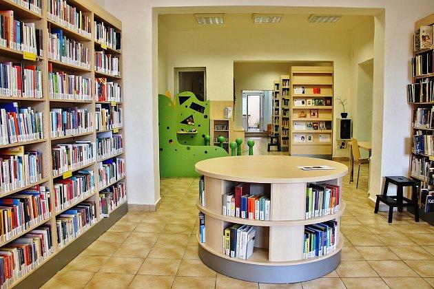 Knihovna otevřela opravené oddělení zájmové a naučné