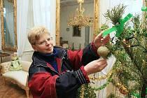 Příprava Vánoc na ploskovickém zámku.