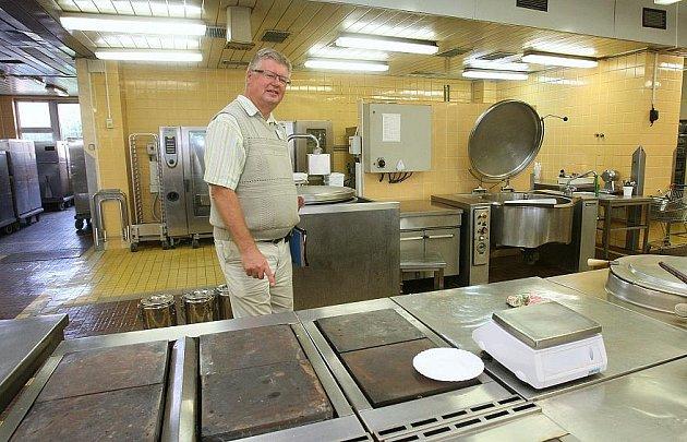 PŘÍPRAVY na modernizaci kuchyně v těchto dnech probíhají v litoměřické nemocnici.