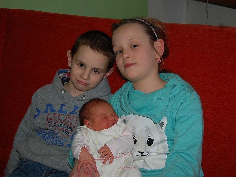 Oldřišce a Pavlovi Kirschovým z Bílinky se 22. ledna v 1.32 hodin narodila v Litoměřicích dcera Antonie Kirschová. Měřila 53 cm a vážila 4,28 kg.