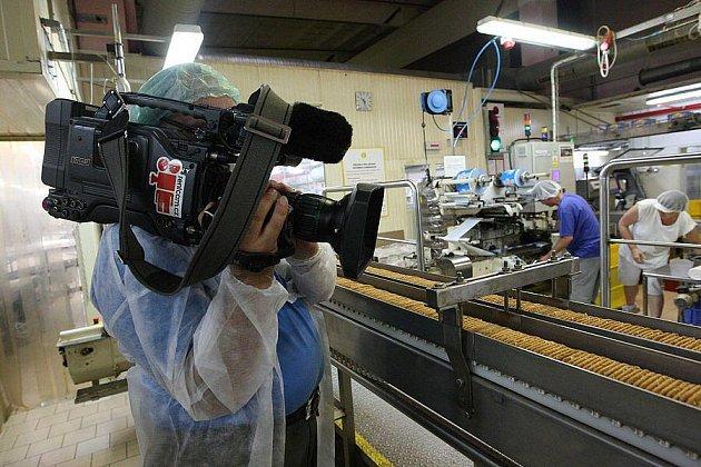 Natáčení Toulavé kamery v lovosické Deli.