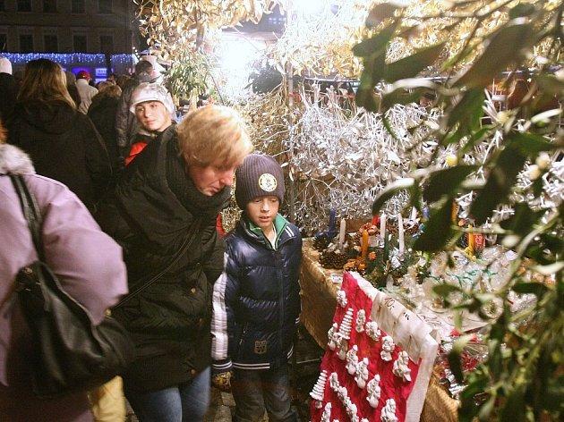 Slavnostní rozsvícení vánočního stromu v Litoměřicích.