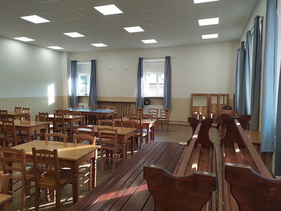 Nový sál kulturního domu v Litochovicích.