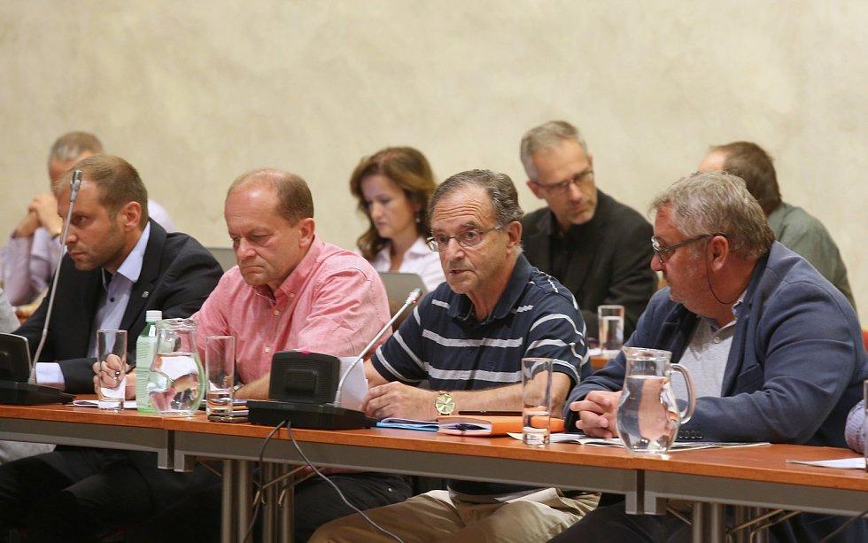 Zastupitelstvo v Litoměřicích jednalo o budoucnosti nemocnice.