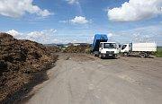 Do zařízení SONO u Čížkovic přiváží biologicky rozložitelný odpad obce z celého Litoměřicka
