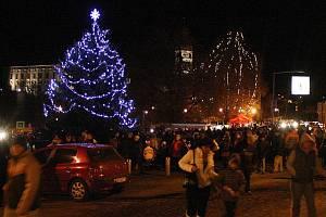 Rozsvícení vánočního stromu v Roudnici.