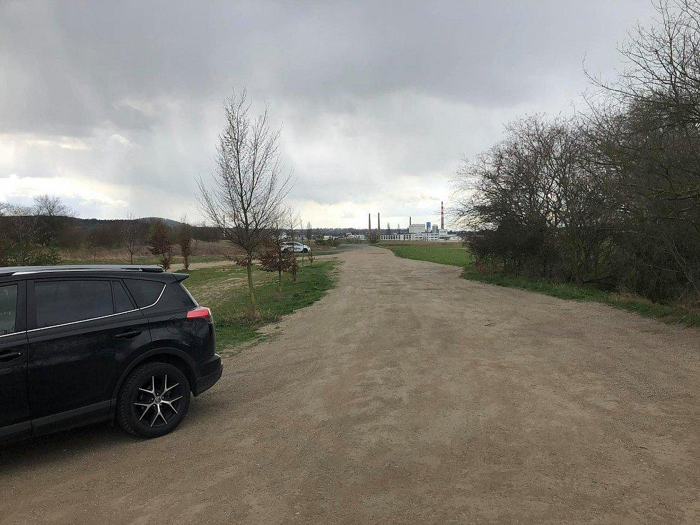 Pískovna Dobříň u Roudnice nad Labem.