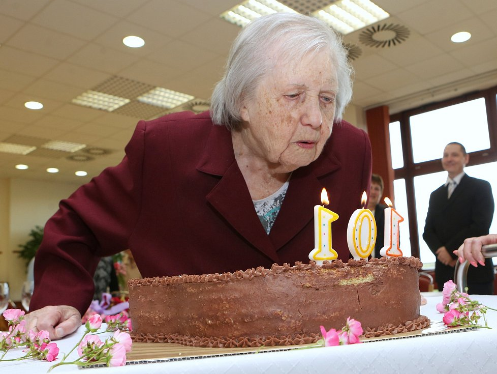 Vlasta Šumová, nejstarší občanka Litoměřic, oslavila 101. narozeniny.