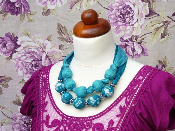 Textilní korále