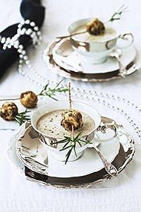 Krémová hříbková polévka s houbovými knedlíčky
