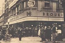 Otevření obchodního domu Brouk & Babka v Plzni v roce 1932
