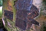 V roce 2007 byl odkryt pomník obětem tramvajového neštěstí