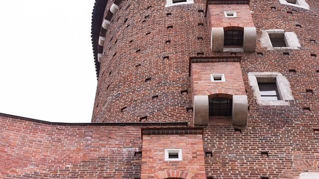 Záchody, neboli výsernice, na středověkých hradech