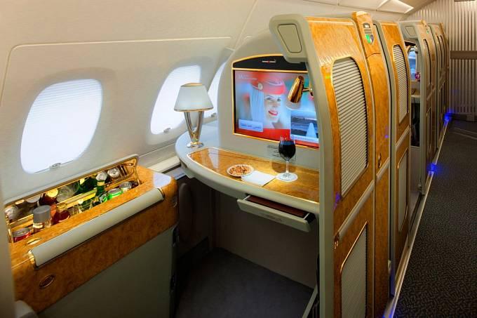 """Vlastní minibar na palubě strojů pod """"vlajkou"""" Emirates Airlines"""