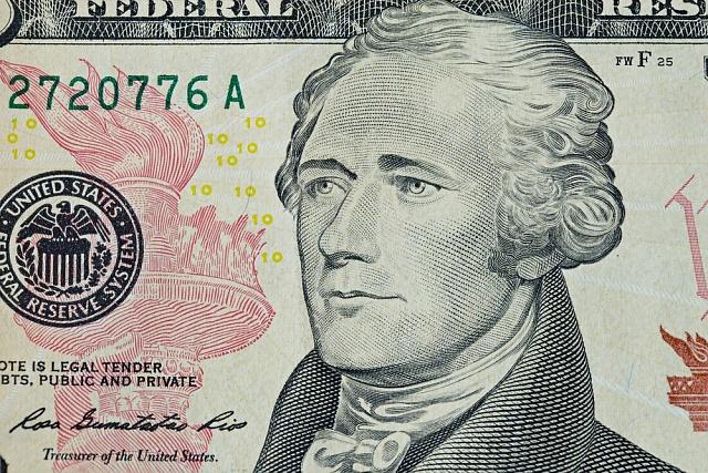 Podobu Alexandra Hamiltona zná každý Američan zdesetidolarovky.
