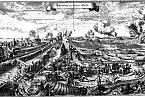 Město se dostalo do pevného sevření a těžké dělostřelecké palby.