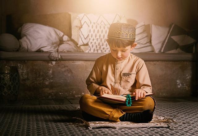 Islám učí muže chovat se kženám súctou