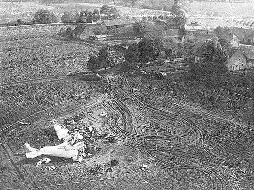 Trosky dopravního letounu Av-14 u Ptic