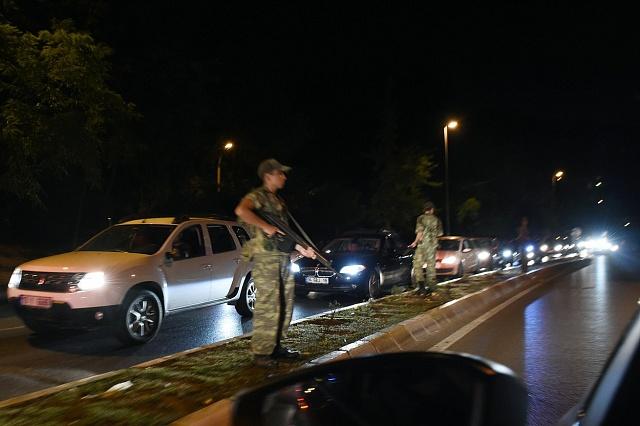 Právě před týdnem, vpátek 15.července 2016, se turecká armáda neúspěšně pokusila převzít moc vzemi.