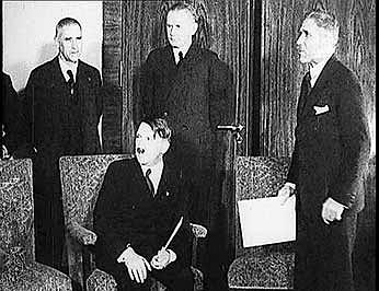 Klíčový moment 30.let 20.století: Adolf Hitler byl 30.ledna 1933jmenován německým kancléřem.