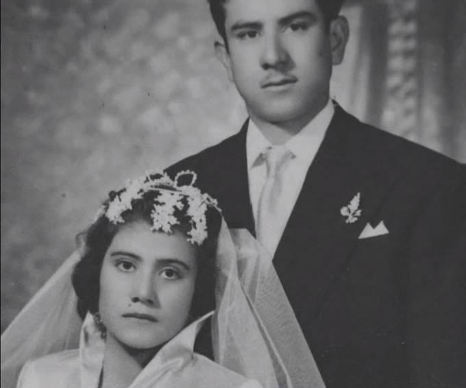 Svatební fotografie Liny Medina a Raula Jurada