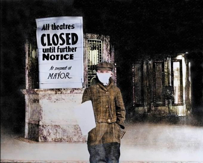 Během řádění španělské chřipky se zavřely školy, divadla i pošta