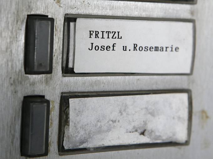 zvonek Josefa Fritzla
