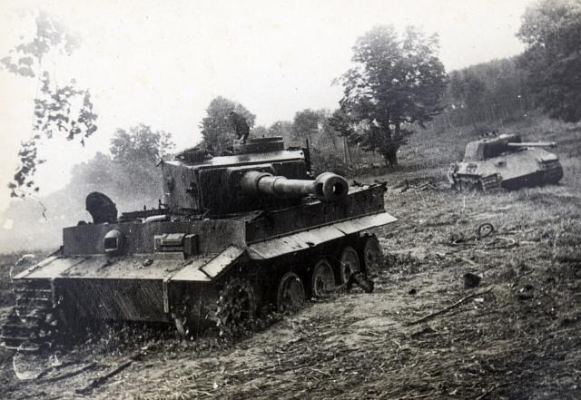 Němci byli připraveni na vojenský odpor československých občanů či vojáků. Co ale nečekali, byl vyzbrojený rytíř na koni.