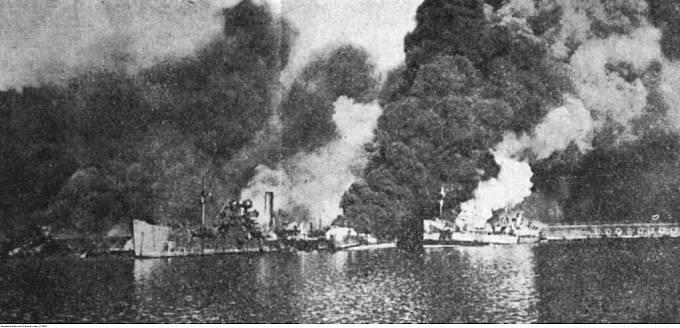 Zkáza spojeneckých lodí v Bari