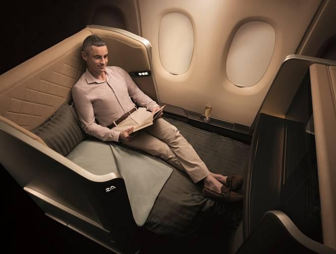 U Singapore Airlines si můžete vybrat, zda chcete místo s postelí, se soukromým salonkem nebo polohovacím křeslem.