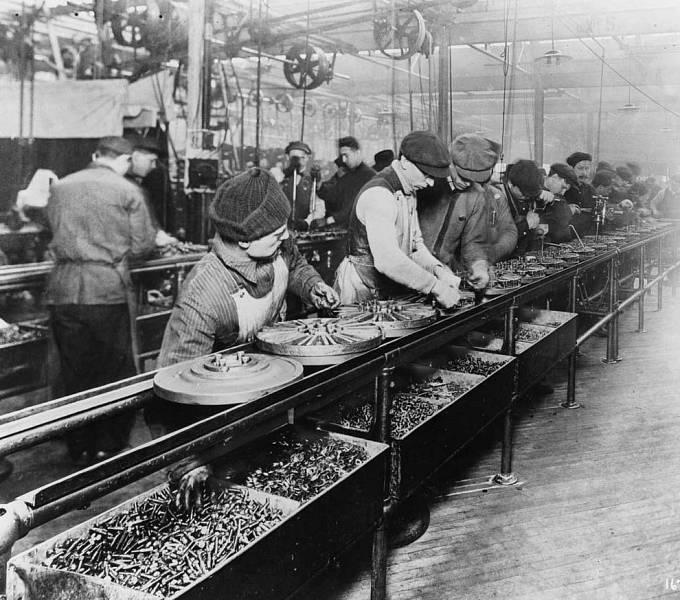 Fordova montážní linka v roce 1913