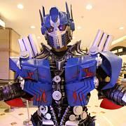 Transformers slaví úspěch i v navázaném hračkářském a zábavním průmyslu