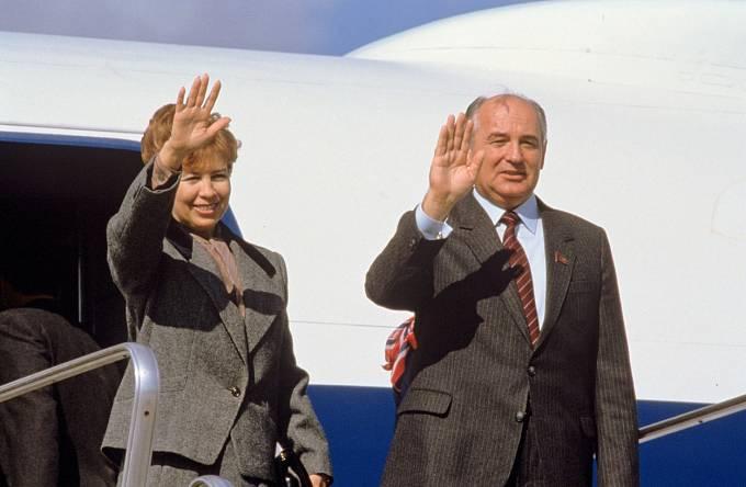 Raisa Gorbačovová s manželem Michailem