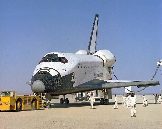Raketoplán Columbia po jednom ze svých úspěšných přistání