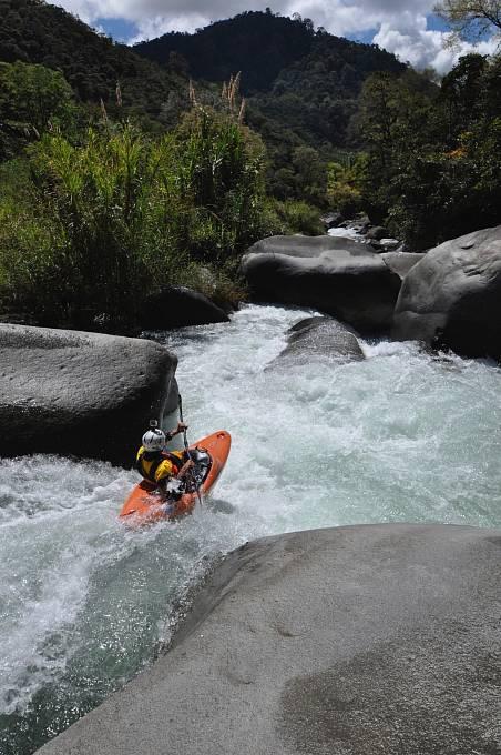 Kostarika. Krásná technická řeka, na které si Lukáš 27. prosince užil své narozeniny.